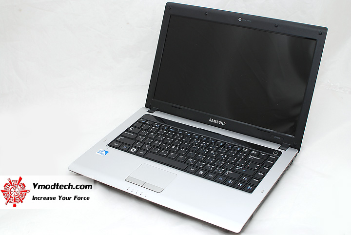 4 Review : Samsung RV408 Notebook