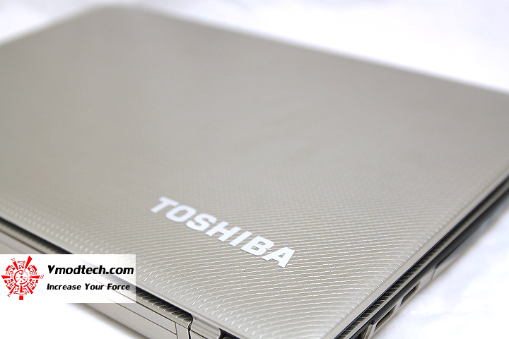 2 Review : Toshiba Satellite E300