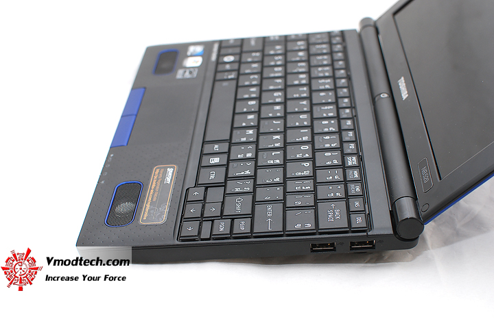 9 Review : Toshiba NB520 Netbook