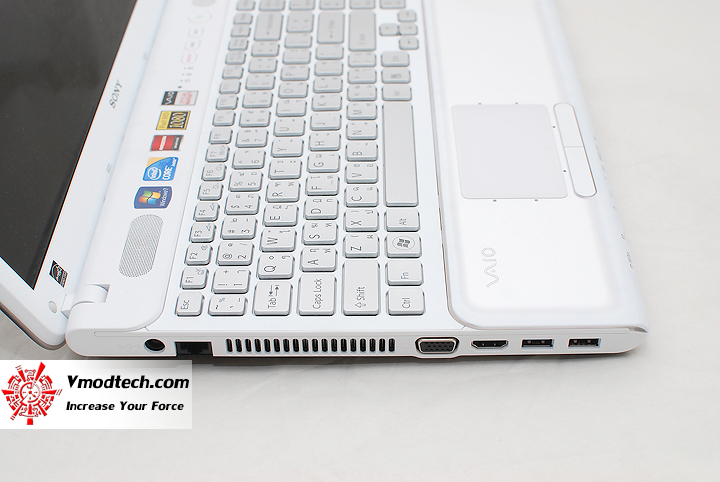 8 Review : Sony VAIO CB (VPC CB15FH)