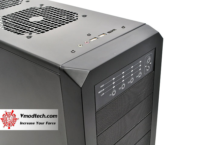 dsc 0126 AeroCool Rs 9 Chassis Review