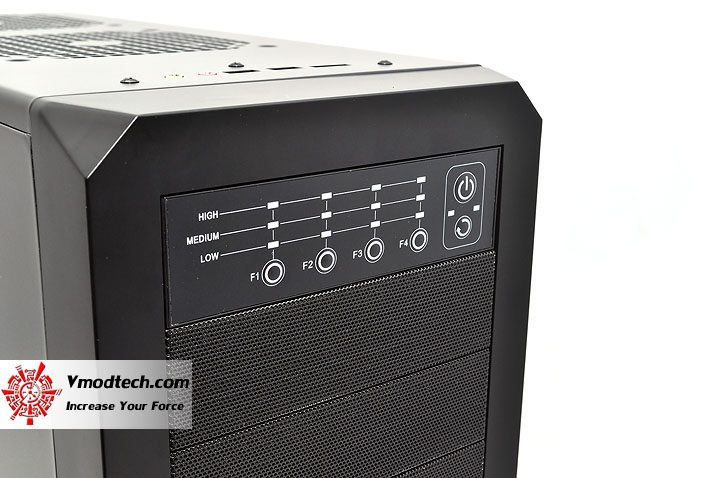 dsc 0127 AeroCool Rs 9 Chassis Review