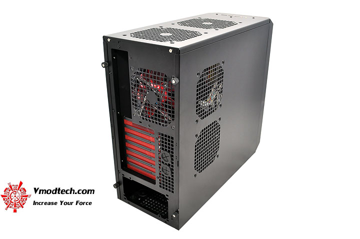 dsc 0141 AeroCool Rs 9 Chassis Review