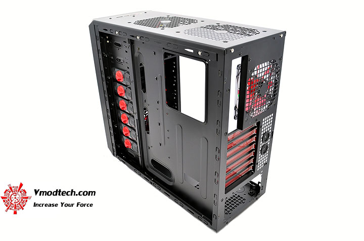 dsc 0154 AeroCool Rs 9 Chassis Review