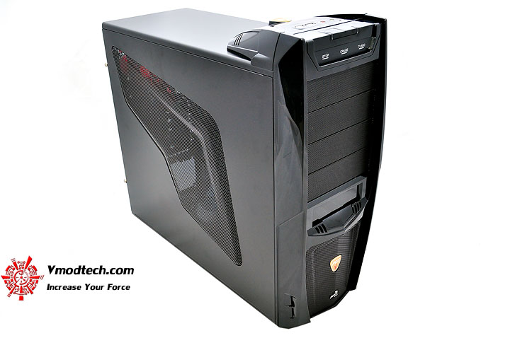 dsc 0160 AeroCool Vx R Limited Edition Chassis Review