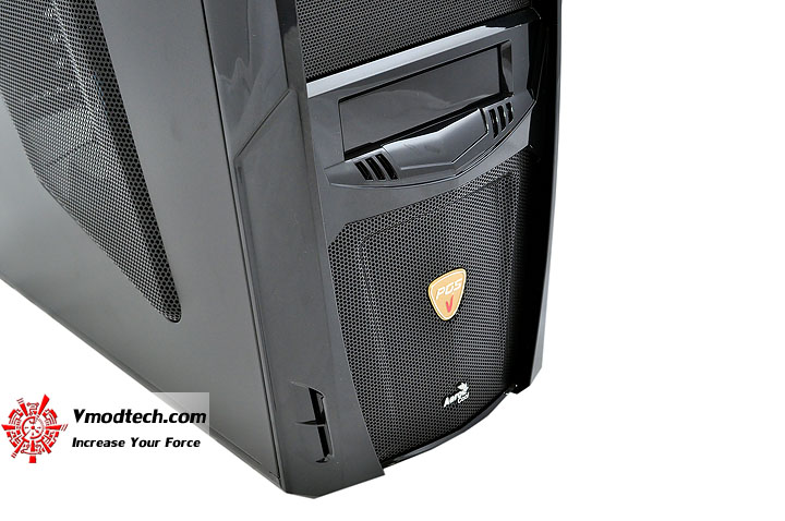 dsc 0162 AeroCool Vx R Limited Edition Chassis Review