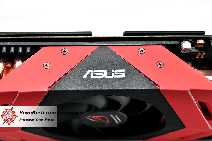dsc 0116 ASUS ARES HD 5870 X2 4GB GDDR5 Review