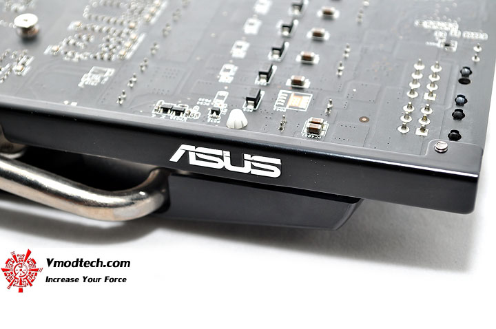 dsc 0083 ASUS EAH5830 DirectCU HD 5830 1GB GDDR5 Review
