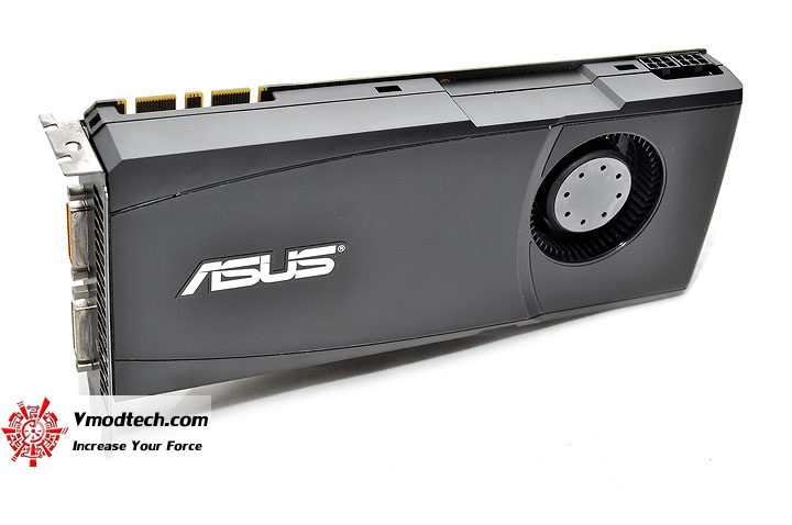 dsc 0140 ASUS ENGTX465 GeForce GTX 465 1GB GDDR5 Review