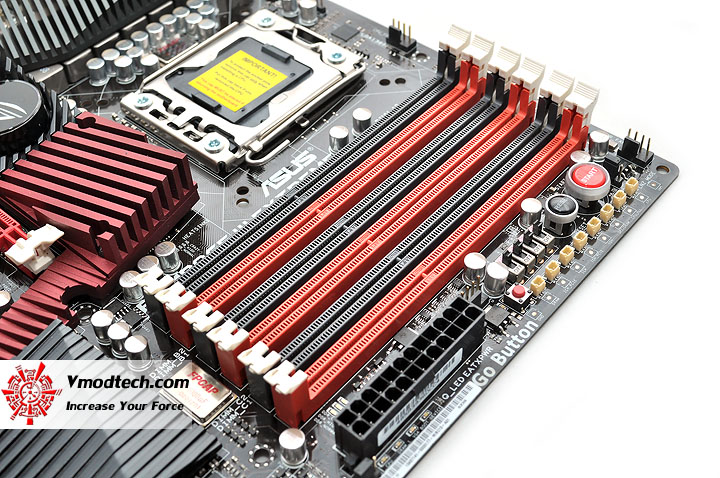 dsc 0178 ASUS RAMPAGE III EXTREME Motherboard Review