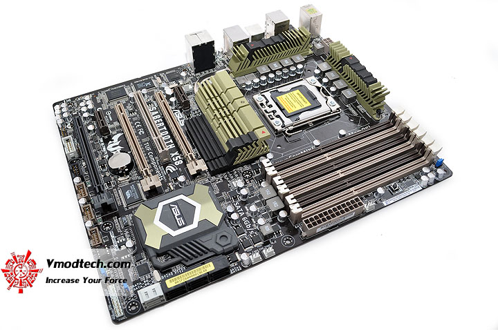 dsc 0016 ASUS SABERTOOTH X58 Motherboard Review