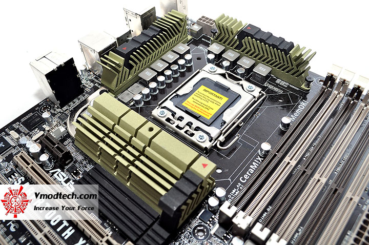 dsc 0037 ASUS SABERTOOTH X58 Motherboard Review