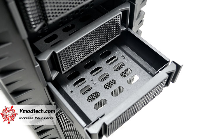 dsc 0022 COOLER MASTER HAF X Chassis Review