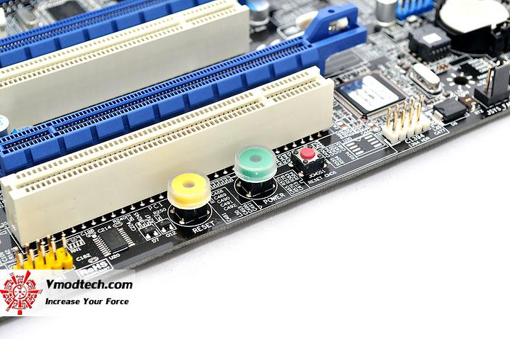 dsc 0041 EVGA X58 3X SLI : Review