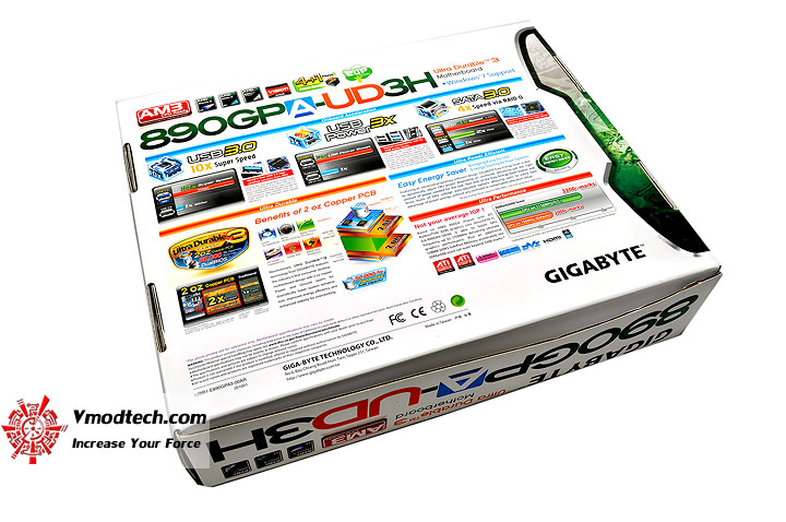 dsc 0046 GIGABYTE GA 890GPA UD3H AMD 890GX Chipset Review