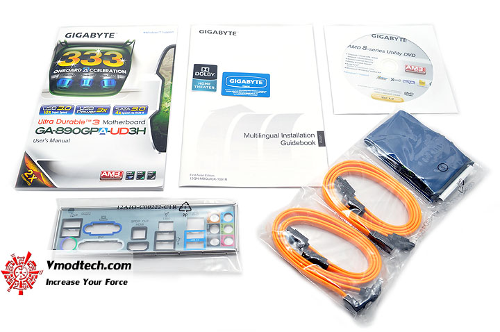 dsc 0048 GIGABYTE GA 890GPA UD3H AMD 890GX Chipset Review