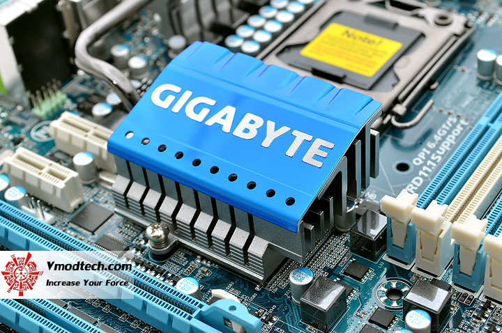 dsc 0162 GIGABYTE GA X58A UD3R : Review