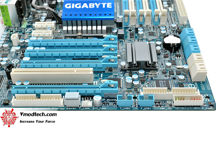 dsc 0170 GIGABYTE GA X58A UD3R : Review
