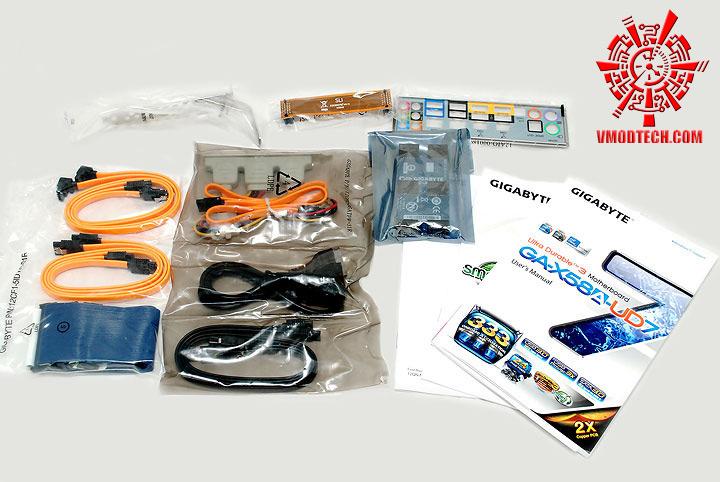dsc 7901 GIGABYTE GA X58A UD7 : X58 SLGMX Chipset!!