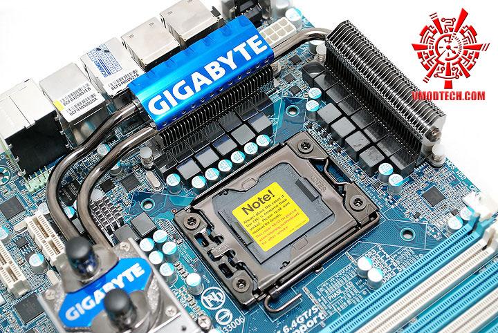 dsc 7904 GIGABYTE GA X58A UD7 : X58 SLGMX Chipset!!