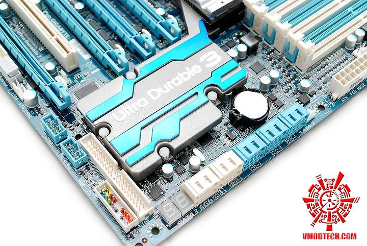 dsc 7909 GIGABYTE GA X58A UD7 : X58 SLGMX Chipset!!