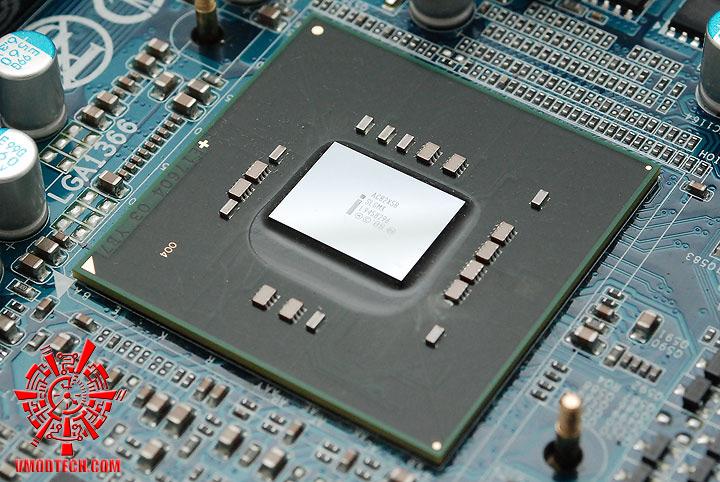 dsc 7911 GIGABYTE GA X58A UD7 : X58 SLGMX Chipset!!