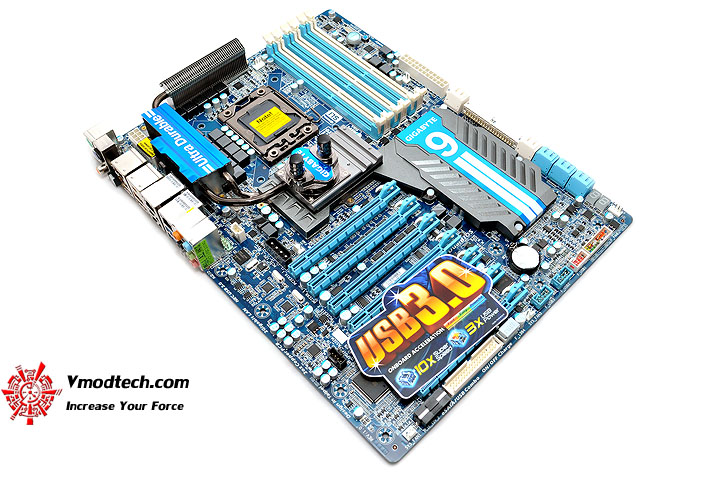 dsc 0004 GIGABYTE GA X58A UD9 XL ATX Motherboard Review