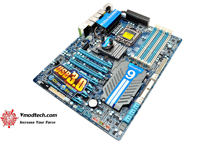 dsc 0005 GIGABYTE GA X58A UD9 XL ATX Motherboard Review