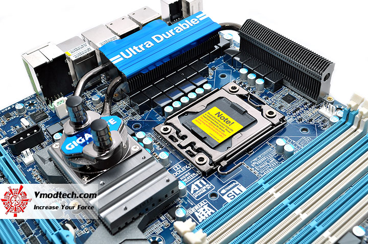 dsc 0008 GIGABYTE GA X58A UD9 XL ATX Motherboard Review