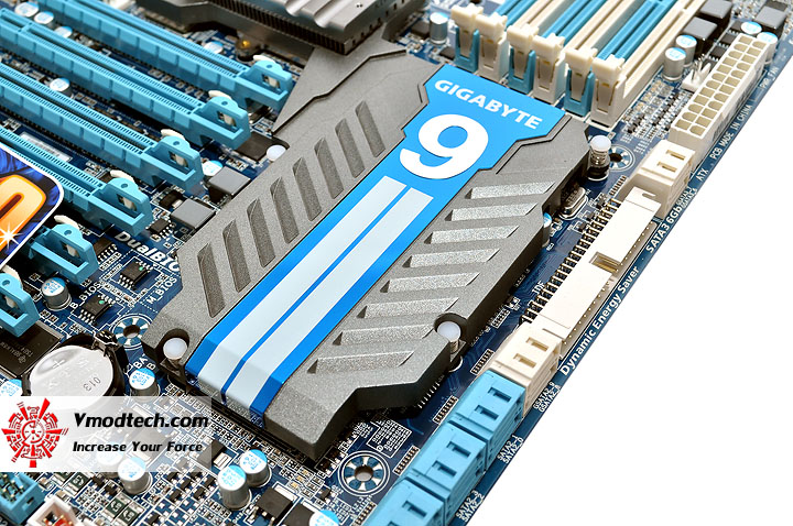 dsc 0011 GIGABYTE GA X58A UD9 XL ATX Motherboard Review