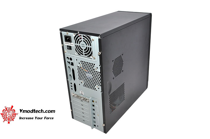 dsc 0003 GIGABYTE GZ X1 & GZ X5 Chassis Review