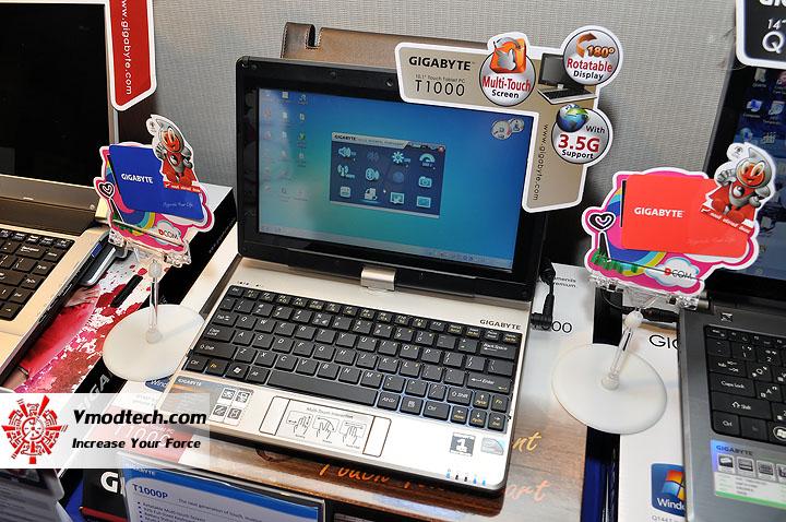 dsc 0006 เปิดตัวอย่างเป็นทางการกับ GIGABYTE Notebook 4 รุ่นใหม่ล่าสุด บุกตลาดเมืองไทย พร้อมตั้งบริษัท ดีคอม เป็นผู้จัดจำหน่ายแต่เพียงรายเดียวในประเทศไทย