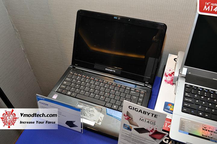 dsc 0008 เปิดตัวอย่างเป็นทางการกับ GIGABYTE Notebook 4 รุ่นใหม่ล่าสุด บุกตลาดเมืองไทย พร้อมตั้งบริษัท ดีคอม เป็นผู้จัดจำหน่ายแต่เพียงรายเดียวในประเทศไทย