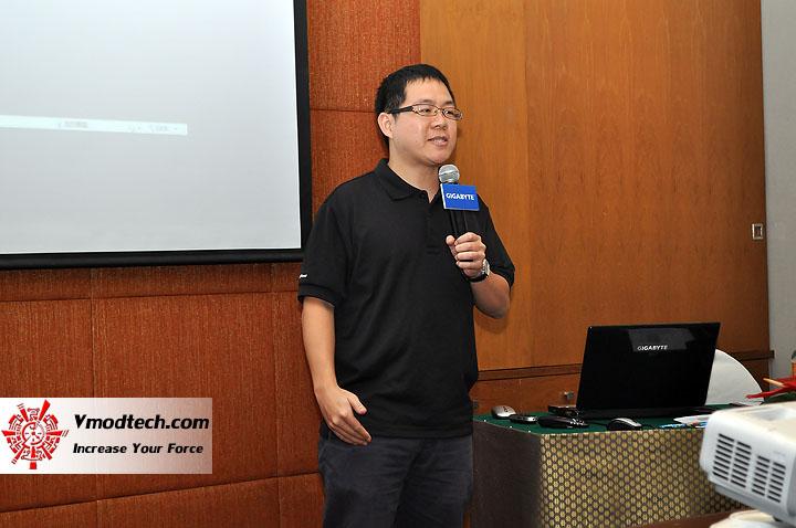 dsc 0065 เปิดตัวอย่างเป็นทางการกับ GIGABYTE Notebook 4 รุ่นใหม่ล่าสุด บุกตลาดเมืองไทย พร้อมตั้งบริษัท ดีคอม เป็นผู้จัดจำหน่ายแต่เพียงรายเดียวในประเทศไทย