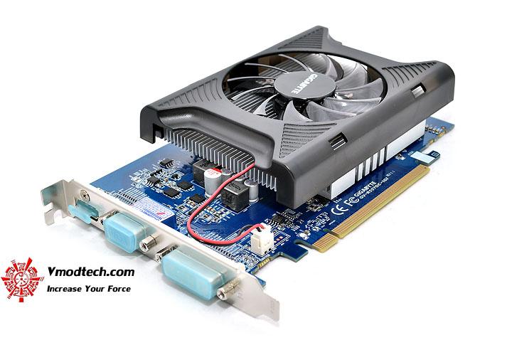 dsc 0324 GIGABYTE Radeon HD 5570 1GB DDR3 CrossfireX Review
