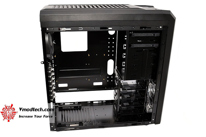 dsc 0050 LANCOOL PC K62 Chassis Review