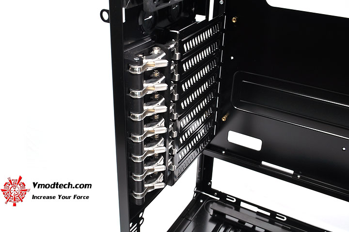 dsc 0057 LANCOOL PC K62 Chassis Review