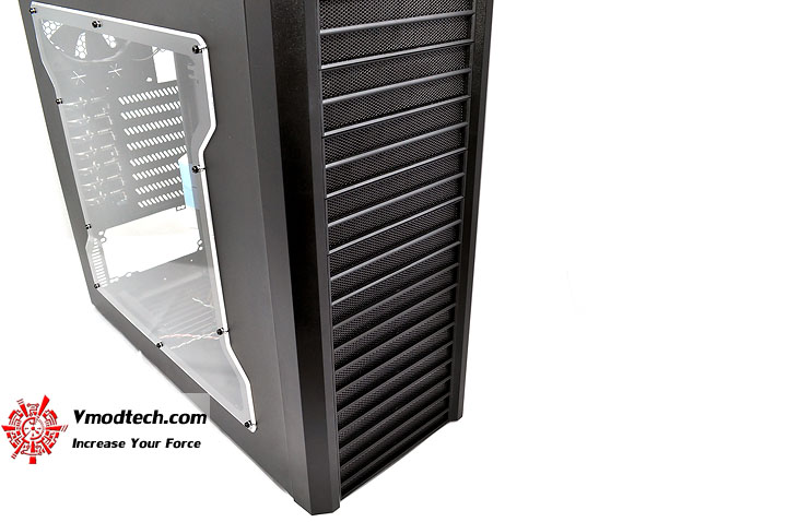 dsc 0102 LANCOOL PC K62 Chassis Review