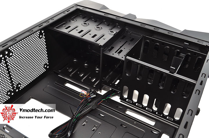 dsc 0112 NZXT M59 Chassis Review
