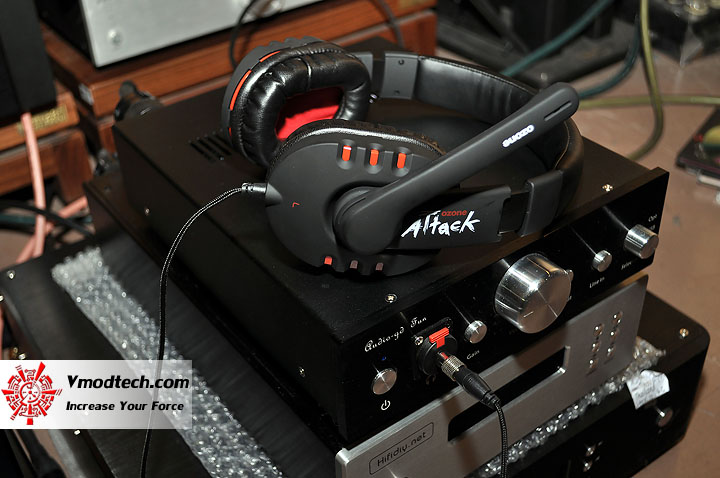 dsc 0017 OZONE Attack Stereo Gaming Headset Review