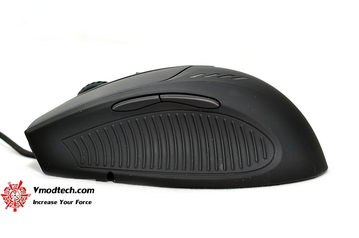 dsc 0009 OZONE RADON 5K Laser Gaming Mouse & OZONE EXPOSURE Mousepad Review