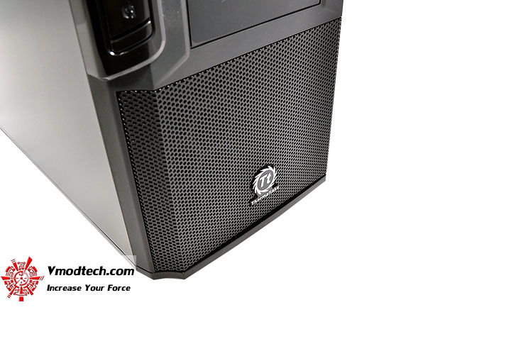 dsc 0192 Thermaltake V3 Black Edition Chassis Review